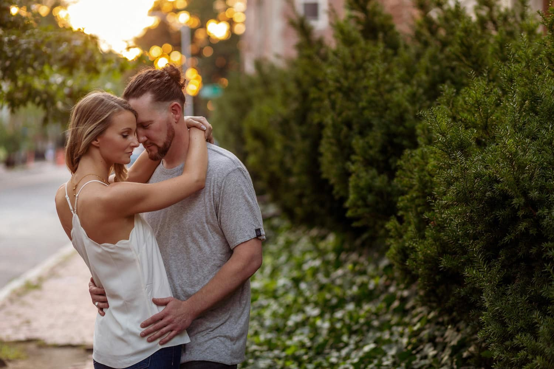 cambridge sunset engagement portraits in harvard square cambridge boston wedding fine art photographer ars magna